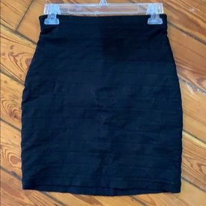 Express banded fitted pencil skirt.